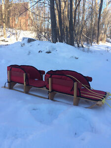 Twin sleigh with seat covers