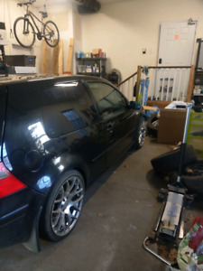 Looking for golf mk4 gti carpet mats!