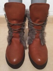Women's Insulated Winter Boots Size 12 London Ontario image 3