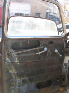 Western 1949 GMC 5 window project truck, sell trade London Ontario image 10