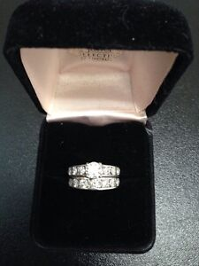 14K w/g, 8.44gr, Womens Diamond Wedding Set