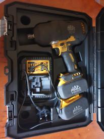 "Dewalt 1/2"" impact socket gun"