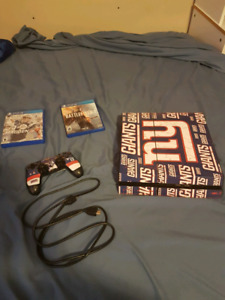 PS4 Great Condition with Removable NYGiants Skins (Controller an