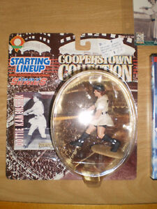 Starting Lineup Figure Dottie Kamenshek - 1997 AAGPBL London Ontario image 1