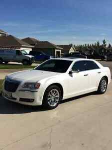2011 Chrysler 300C 5.7l HEMI SAFETIED