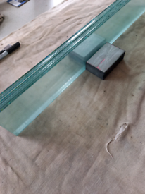 Greenhouse glass, louvre blades