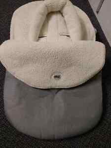 Carseat winter cover