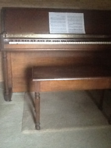Piano, Sherlock-Manning. Upright. Apartment Size.