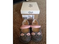 Iva pip size 5G Clarks first shoes