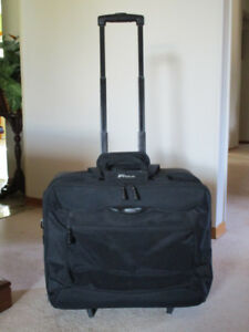 Suitcase/ luggage/travel bag. Price Reduced!