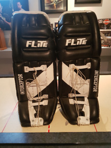 sr goalie equipment
