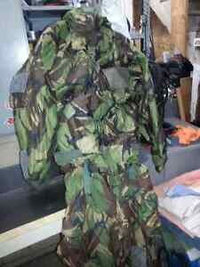 Army Camo Suit *Perfect for Hunting, Paintballing, Lots more Oakville / Halton Region Toronto (GTA) image 5