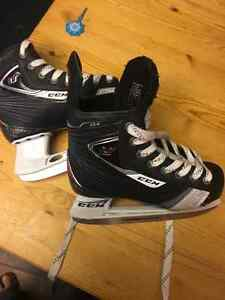 CCM U+ 04 hockey skates