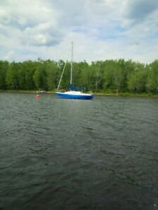 CS27 Sailboat for sale