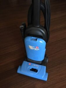 Hoover upright vacuum cleaner 12amp detachable hose + 9 bags