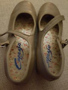 Capezio Tap Shoes Size 5M