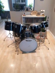 Westbury 7 Piece Drumkit with hardware