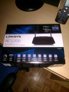 Linksysac1200 dual band smart router