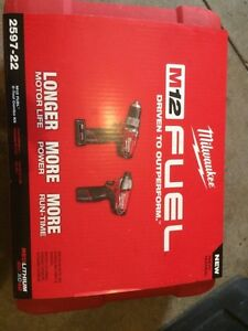 Milwaukee m12 fuel hammer drill and impact driver