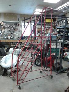 Ladders/Echelles