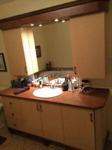 Vanité salle de bain complète - très bon état