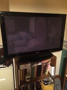 "42"" Samsung Plasma Screen TV, $200! Nothing wrong with it!"