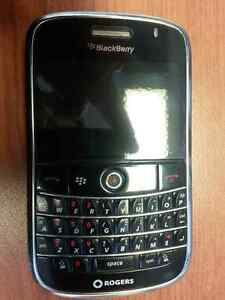 Blackberry 9000 with travel charger