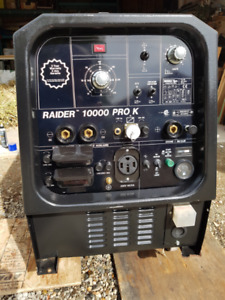 WELDER for sale---Like New