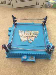 1980s Hasbro WWF Wrestling ring for action figures Prince George British Columbia image 1