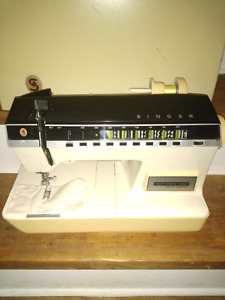 Singer 2000 Touchtronic sewing machine