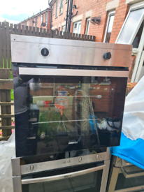 NEW BEKO SINGLE BUILT-IN ELECTRIC OVEN STAINLESS STEEL COLOUR
