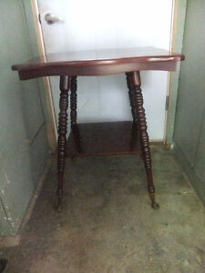 solid wood occasional parlor table large with spindle legs