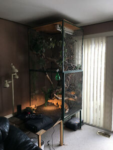 Large reptile cage (or could be turned into bird cage)