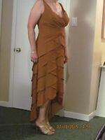 Belle robe de soirée cannelle/ Cinnamon colored evening gown