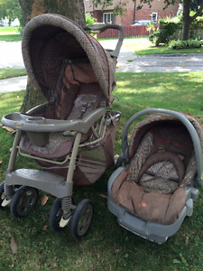 Stroller with removable carrier