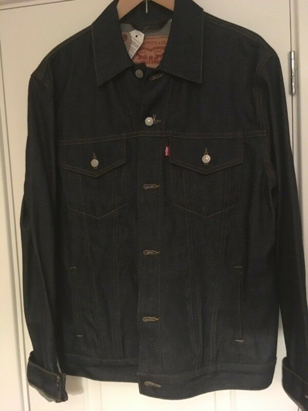 Men's Levi's Trucker Jacket XL Brand New With Tags Dark Indigo ** Reduced
