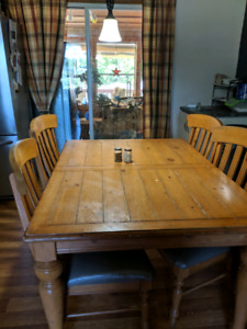 Pine harvest tables with 6 chairs!