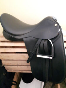 MONDEGA DANTE DRESSAGE SADDLE