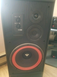 Pair of Cerwin-Vega speakers
