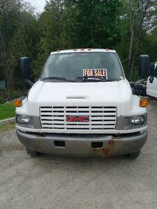 2006 GMC 5500 Topkick Chassis Kitchener / Waterloo Kitchener Area image 2