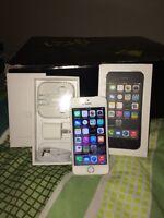 New iPhone 5S -32gb- bell&virgin - kelowna