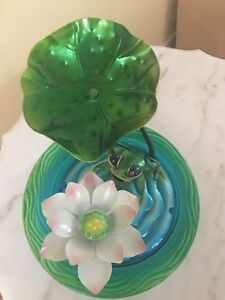 Indoor / outdoor little water fountain - frog, leaf and flower