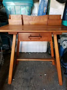 Imperial Loyalist Antique Wood Desk