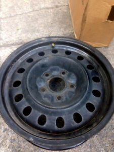 "Rims 17 "". Bolt patter 5x127."
