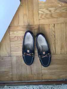 Women's SPERRY brand summer loafers Size 7
