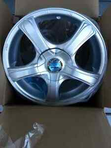 16 inch cast aluminum alloy wheels in mint condition