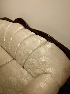 Sofa with clam shell print