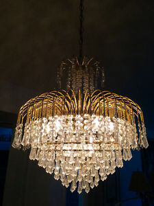 Beautiful Fountain  style Chrystal and Brass Chandelier