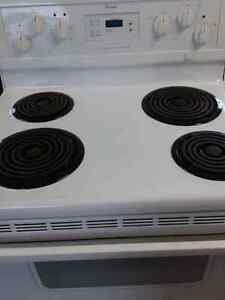 Whirlpool stove with self-cleaning oven