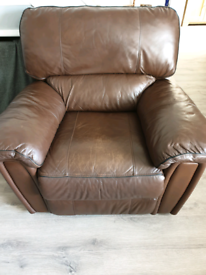 3 piece leather reclining suite comprising 2 armchairs and a sofa